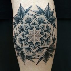Dotwork Tätowierung Ornamental Flower