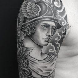 Göttliche Kriegerin Im Himmel Tattoo