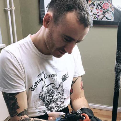 Traditional Tattoos Und Blackwork Tätowierungen