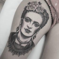 Frauen Gesicht Tattoo Schwarz Weiss