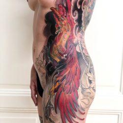 Grosses Phönix Tattoo Rücken Und Seite Frau