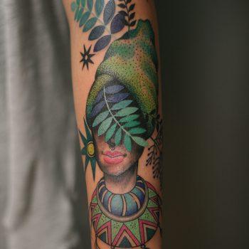 New School Buntes Tattoo Unterarm