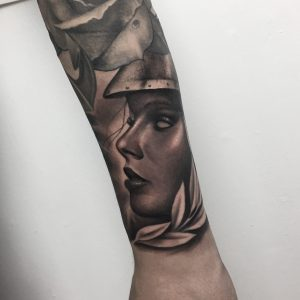 Kriegerin Tattoo Black and Grey